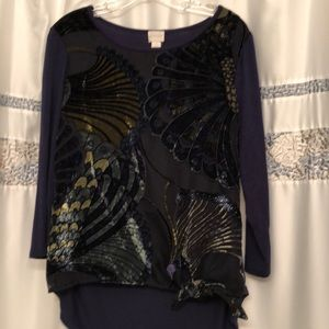 SALE!! Chico's 3/4 sleeve top Gorgeous!